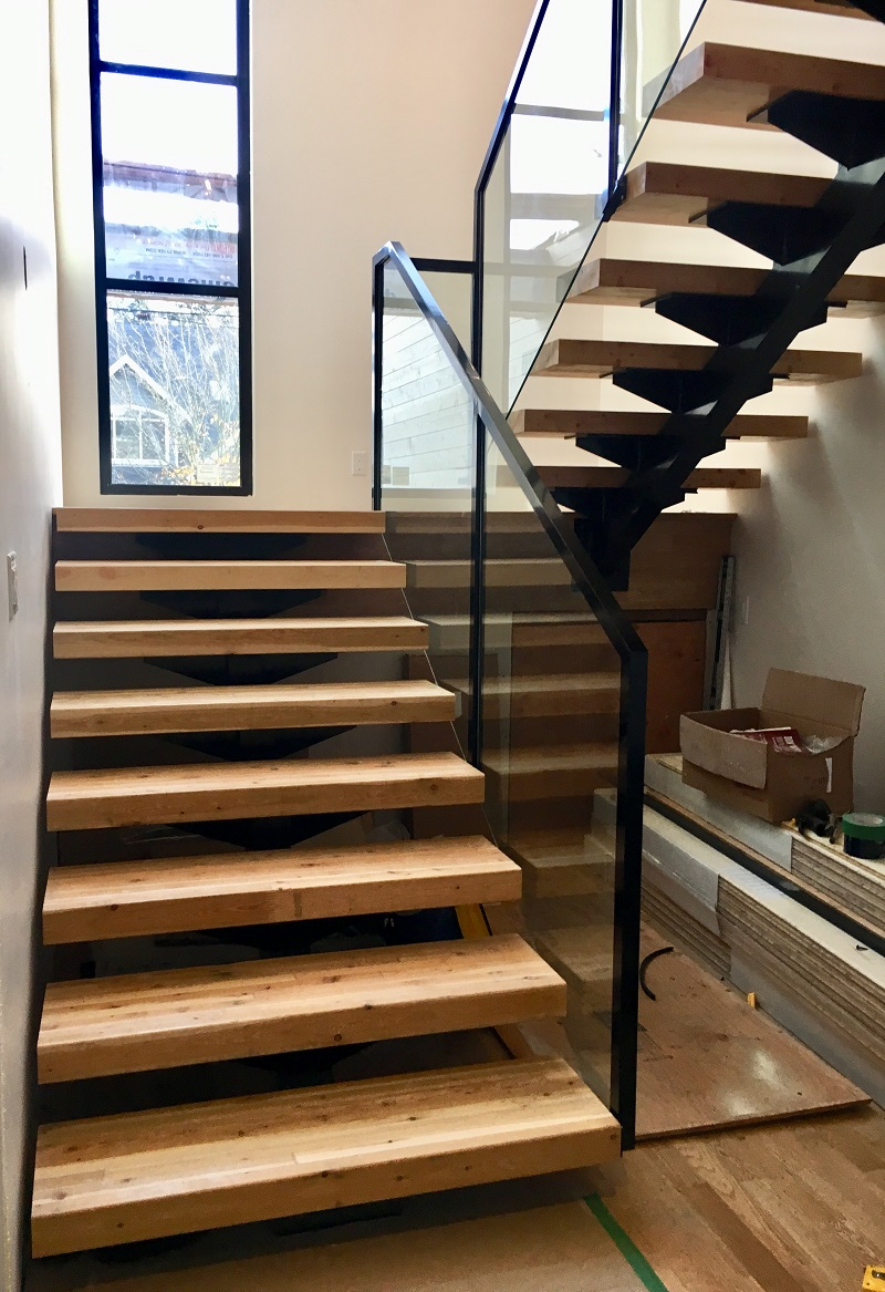 modern interior stair railings, glass, topless, flat black, vancouver