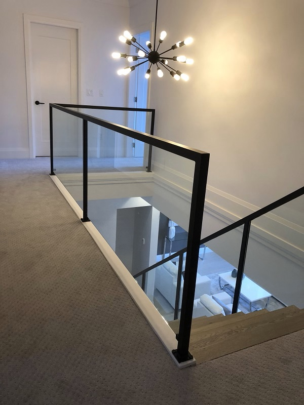 modern interior stair railings, glass, topless, flat black, richmond